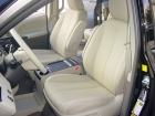 toyota-sienna-leather-seats-3